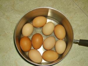 pan of eggs