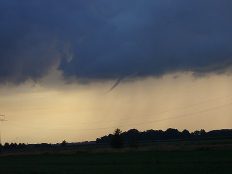 Tornado forming! What to do!