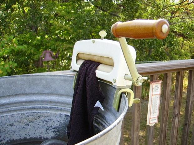 genuine Kenmore wringer on tub